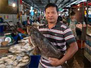 рынок Талат Пакнам в Большом Бангкоке