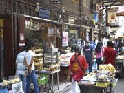 Столетний рынок Самчук  в окрестностях Бангкока