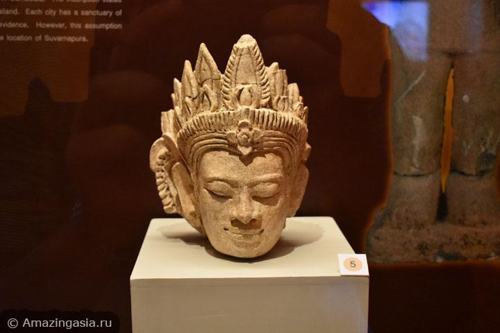Лучшие музеи рядом с Бангкоком. Национальный музей Супханбури.