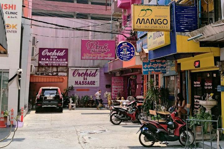 Секс-туризм в Бангкоке. Массажные салоны в переулках Сукхумвит Роуд.