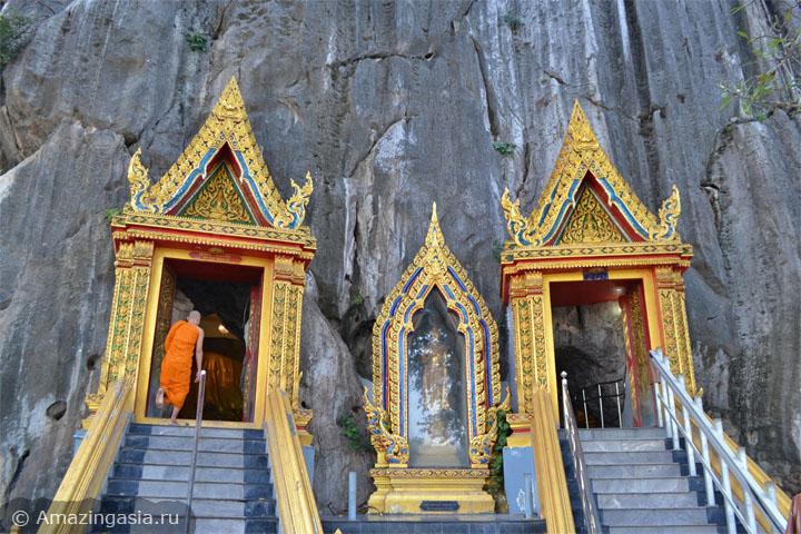 Что посмотреть рядом Петчабури. Храм Wat Khao Yoi.