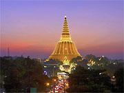 Гигантская ступа города Накхон Патхом, 40 км. от Бангкока