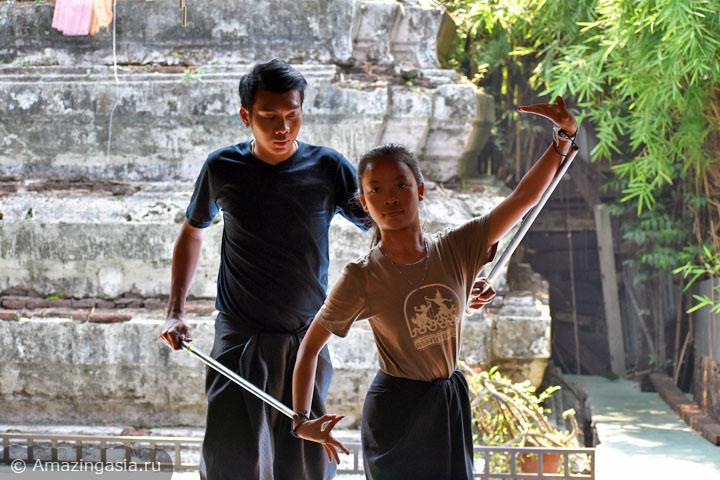 Что посетить в Бангкоке. Деревня артистов Баан Силапин.
