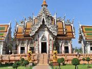 Храм Бога Тьмы в Накхон Чайси, 30 км. от Бангкока