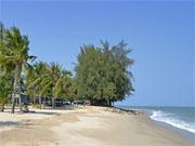 Пляж Чао Самран в 60-ти км. от Хуа Хина