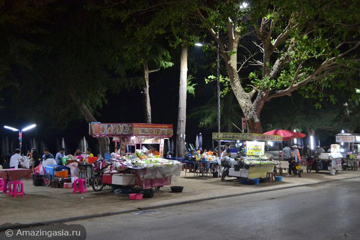 Фотографии ресторанов Ча Ама (Cha Am), уличные ресторанчики на пляже Ча Ама
