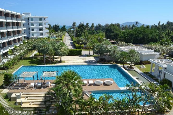 Отель The Sea Condominium на пляже Сам Рой Йот