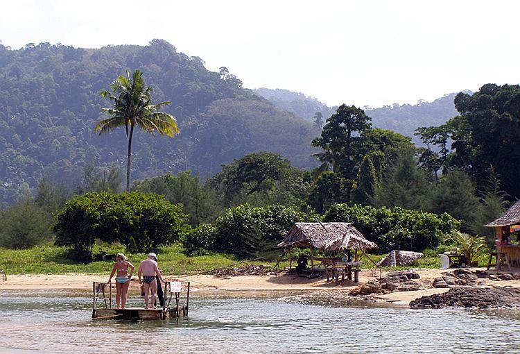 Паромная переправа между пляжами Нанг Тонг и Банг Нианг
