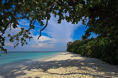 фото остров тачай