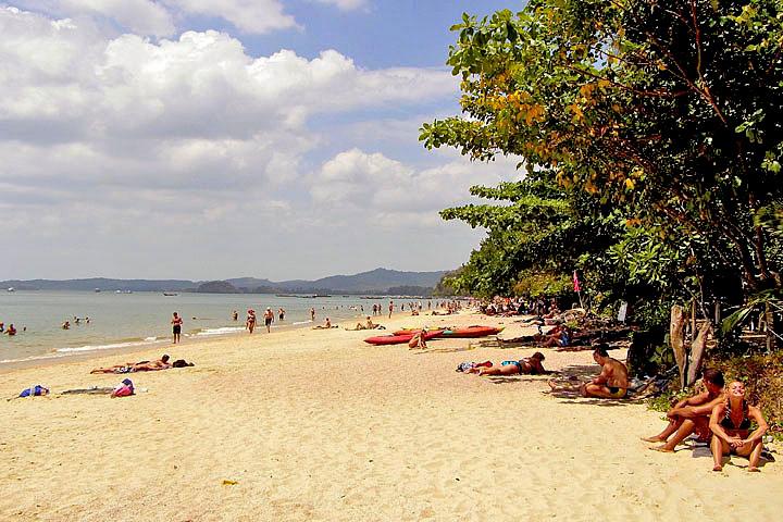 Фотографии Ао Нанга. Вид с пляжа Ао Нанг на север.