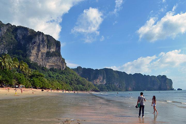 Фотографии Ао Нанга. Вид с пляжа Ао Нанг на юг.