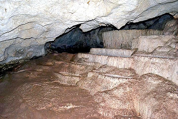 Пещера Tham Pet (Tham Phet), национальный парк Than Bok Khorani