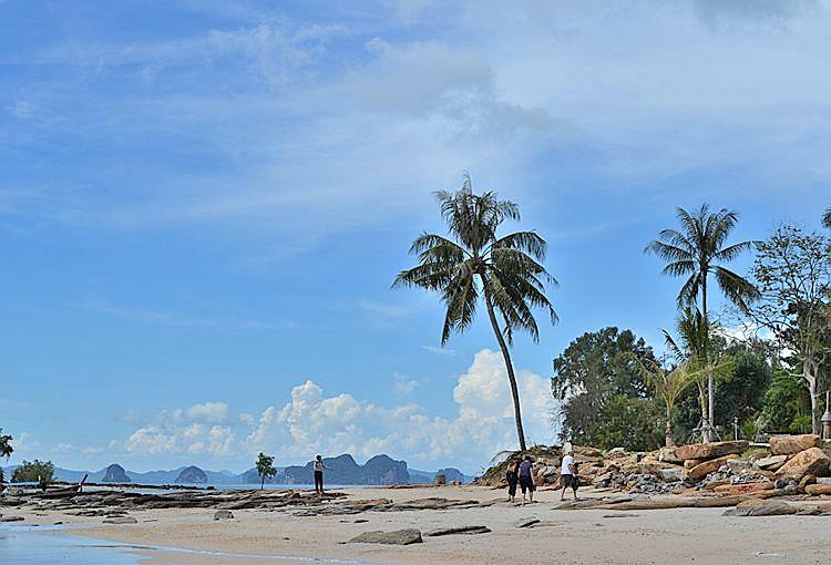 Лагуна пляжа Клонг Муанг
