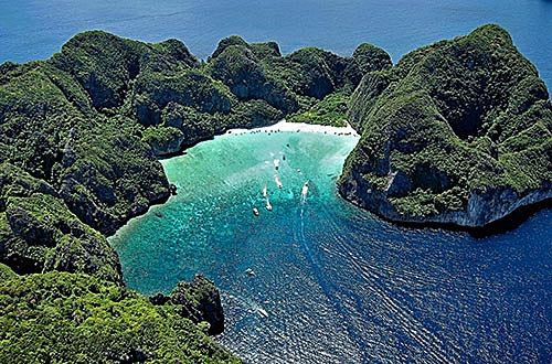 Залив Майя Бэй (Maya Bay), остров Пи Пи Ле (Phi Phi Leh)