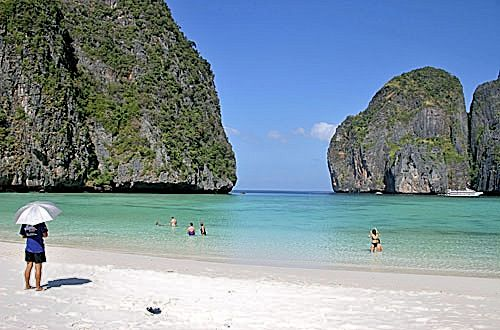 Залив Майя Бэй (Maya Bay), остров Пхи Пхи Ле (Phi Phi Leh)