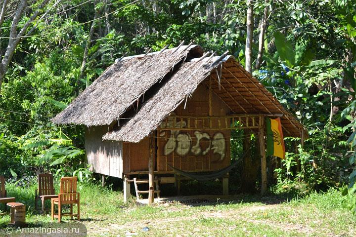 Острова Транг. Олдскульное тайское бунгало на острове Мук.