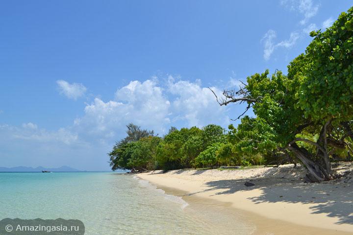 Острова Транг. Береговая линия острова Крадан.